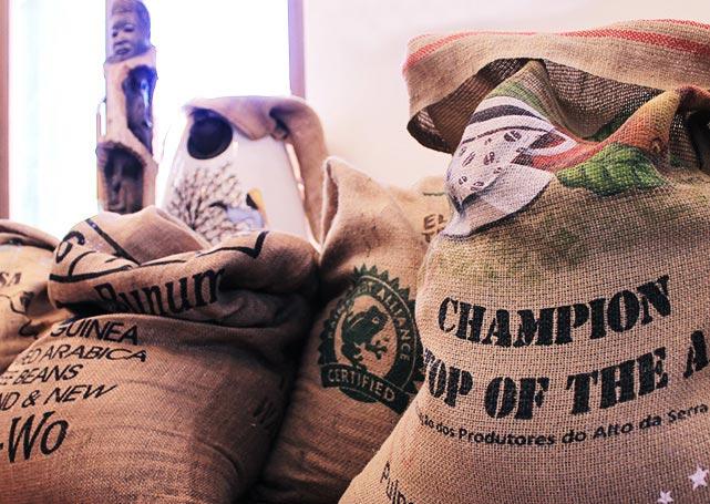 コーヒー豆の麻袋